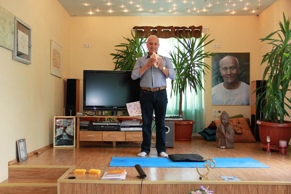 Безплатно медитират всеки понеделник в Пловдив за премахване на стрес, депресия и здравословни проблеми