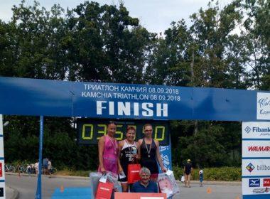 """Триатлонистите на """"Три Екстрийм"""" се върнаха с 5 медала от държавното в Камчия"""